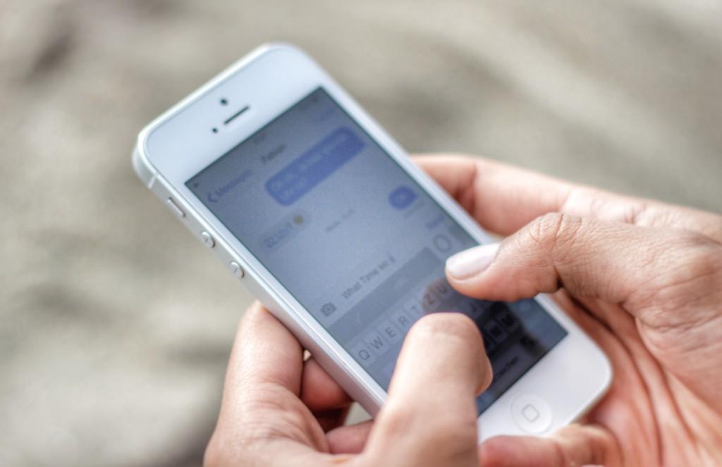 Messaging German iPhone Traveling